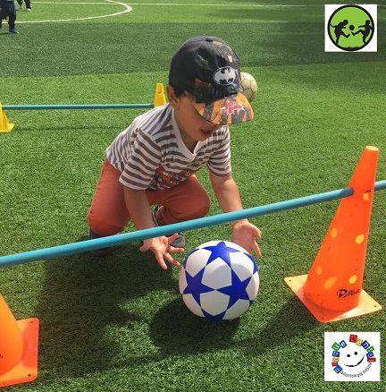 Fútbol, juegos, pedagogía y amigos
